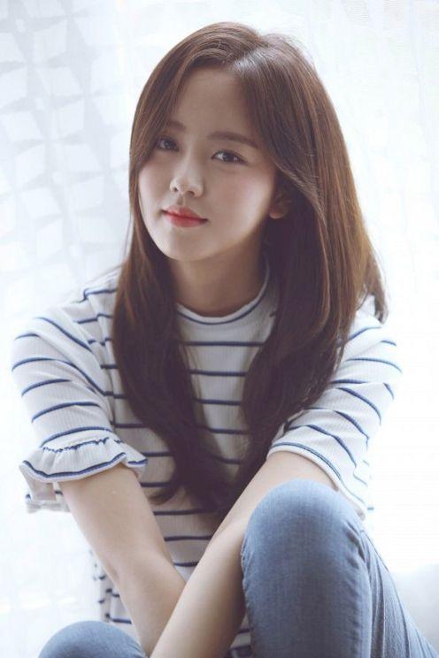 Koleksi Lengkap Album Foto Terbaru Kim So Hyun Artis Cantik Korea 19