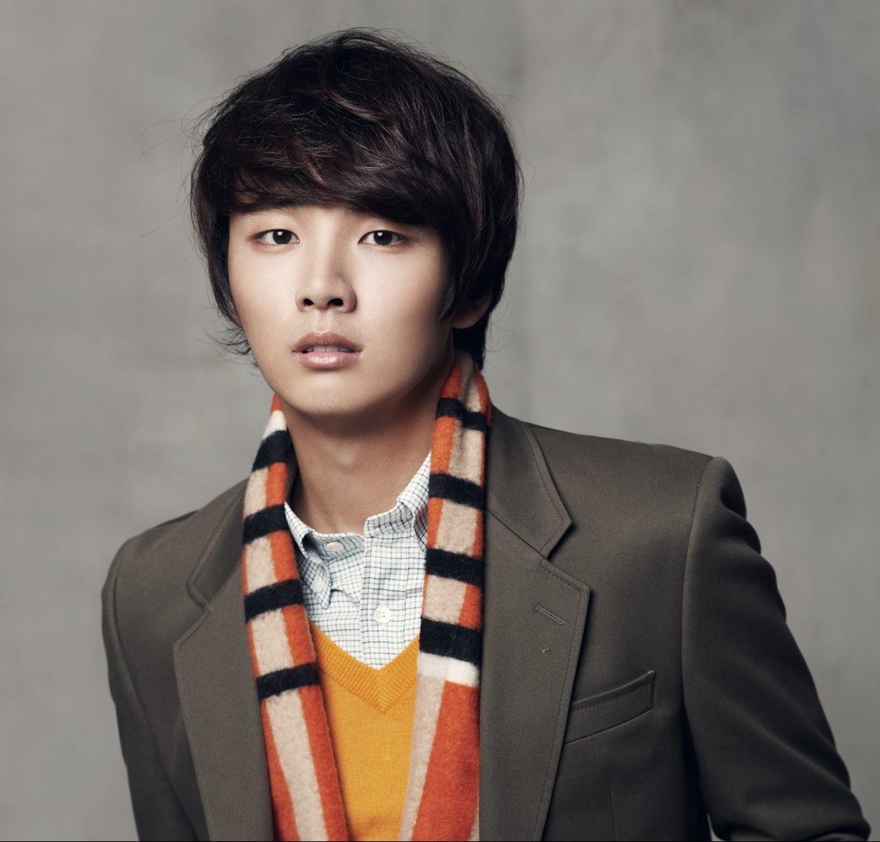 Three Color Fanstasy Romance Full Of Life Yoon Shi Yoon
