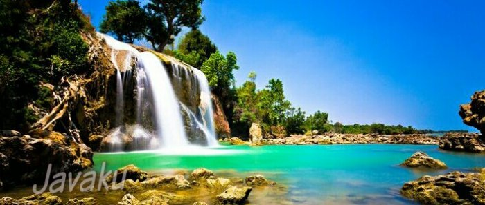 Madura island tour - Toroan waterfall