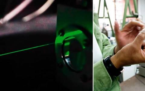 El grupo de investigación en Películas Delgadas del Departamento de Física de la Universidad Javeriana fue pionero en Colombia al desarrollar un dispositivo electroluminiscente con base en polímeros orgánicos que permiten lograr mayor luminosidad, mejor definición y gran variedad de colores.