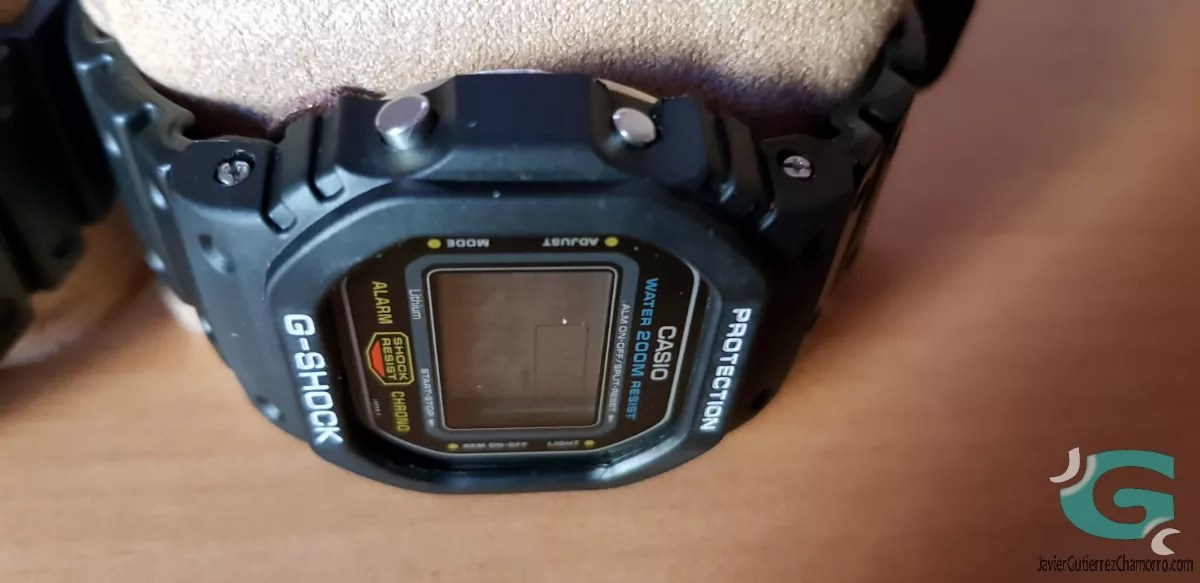 El botón de ajuste en los Casio serie 5 (Fotografías)