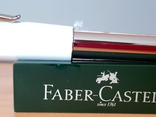 Faber-Castell Loom Piano blanco