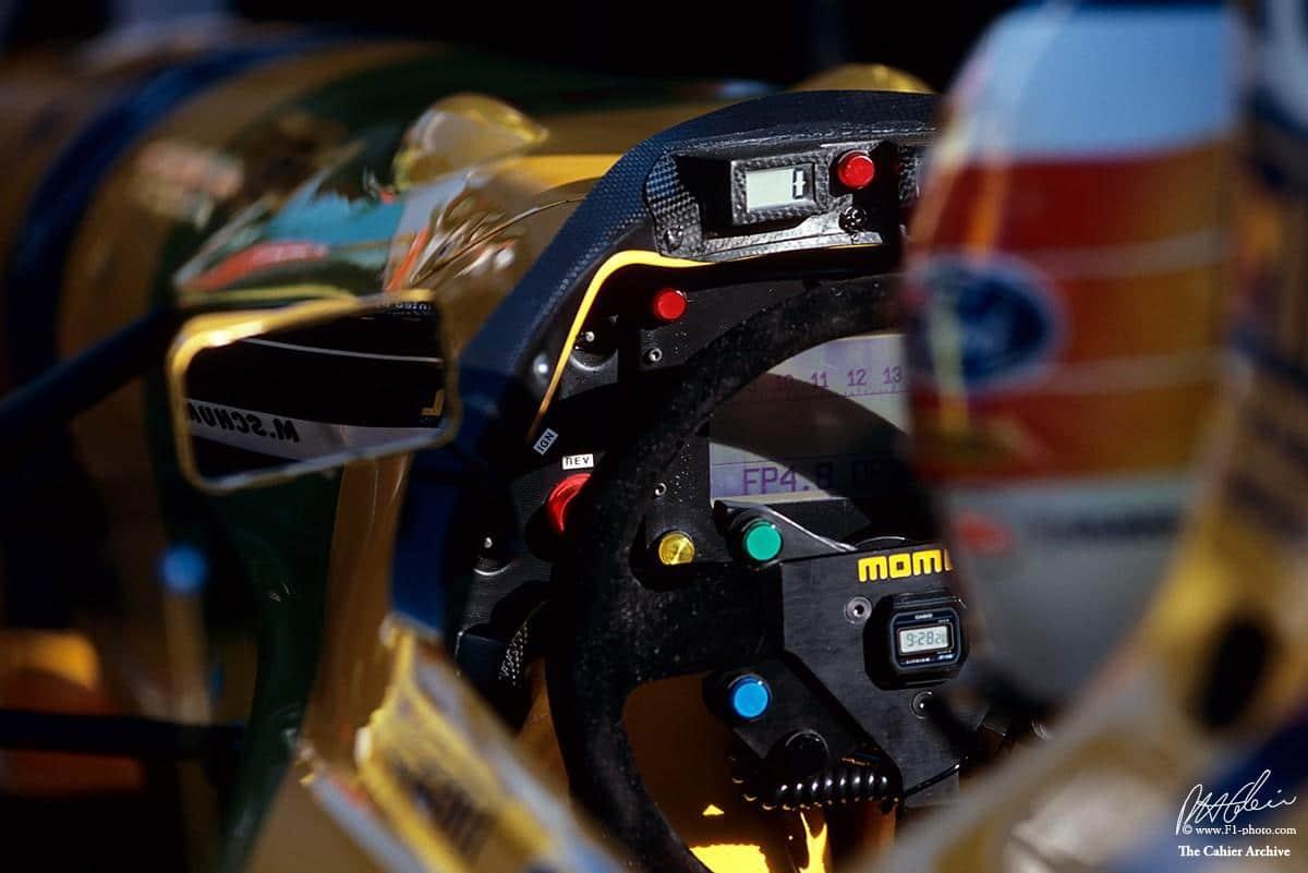 Cuando en la Fórmula 1 pasaron de llevar Casio Collection a relojes de lujo