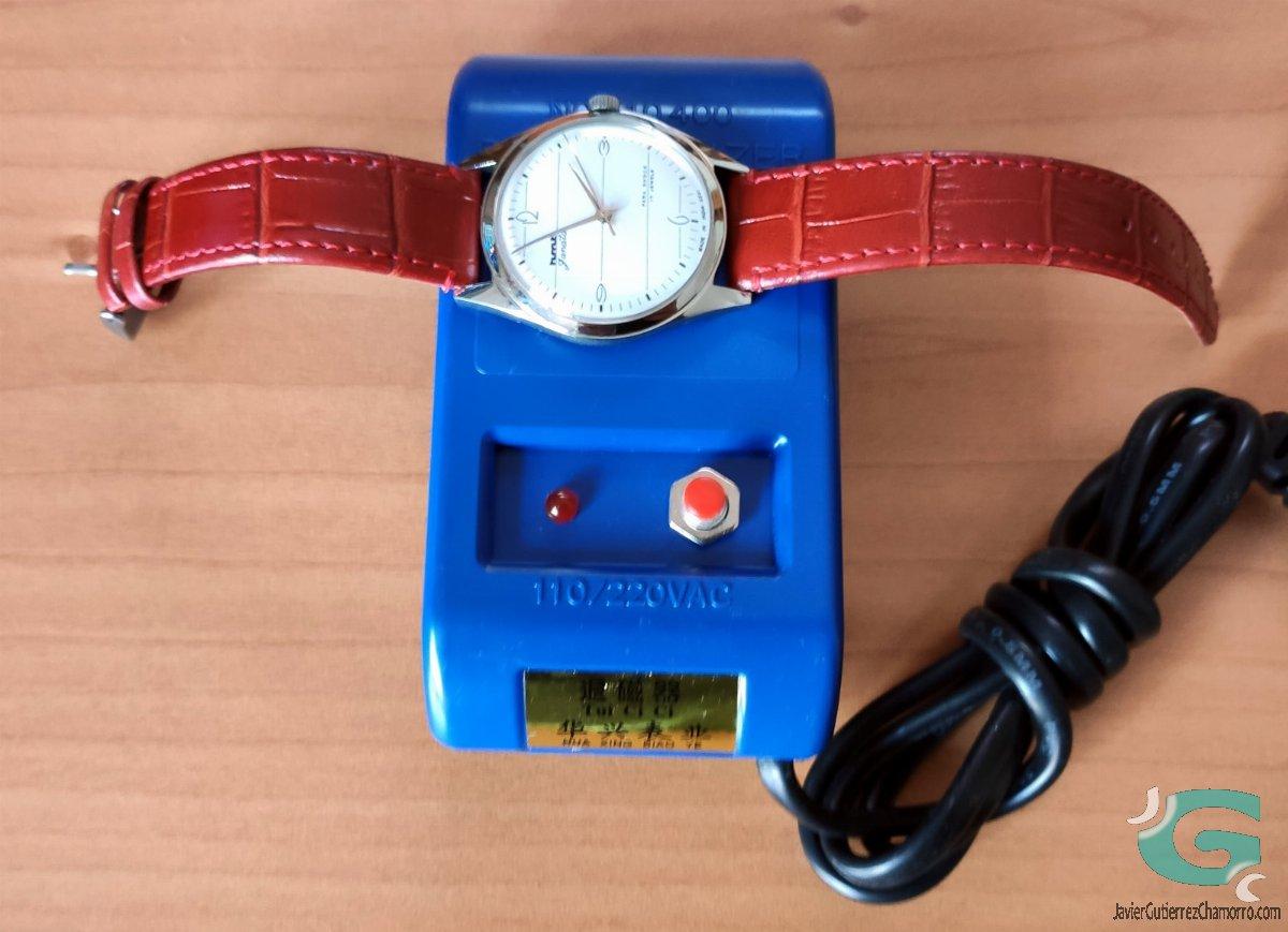 Desmagnetizador para relojes