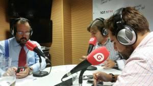 Javier Peris colaborador habitual del Programa de Radio Pulso Empresarial de Gestiona Radio Valenciana dirigido por Jose Luis Pichardo en un momento de la tertulia