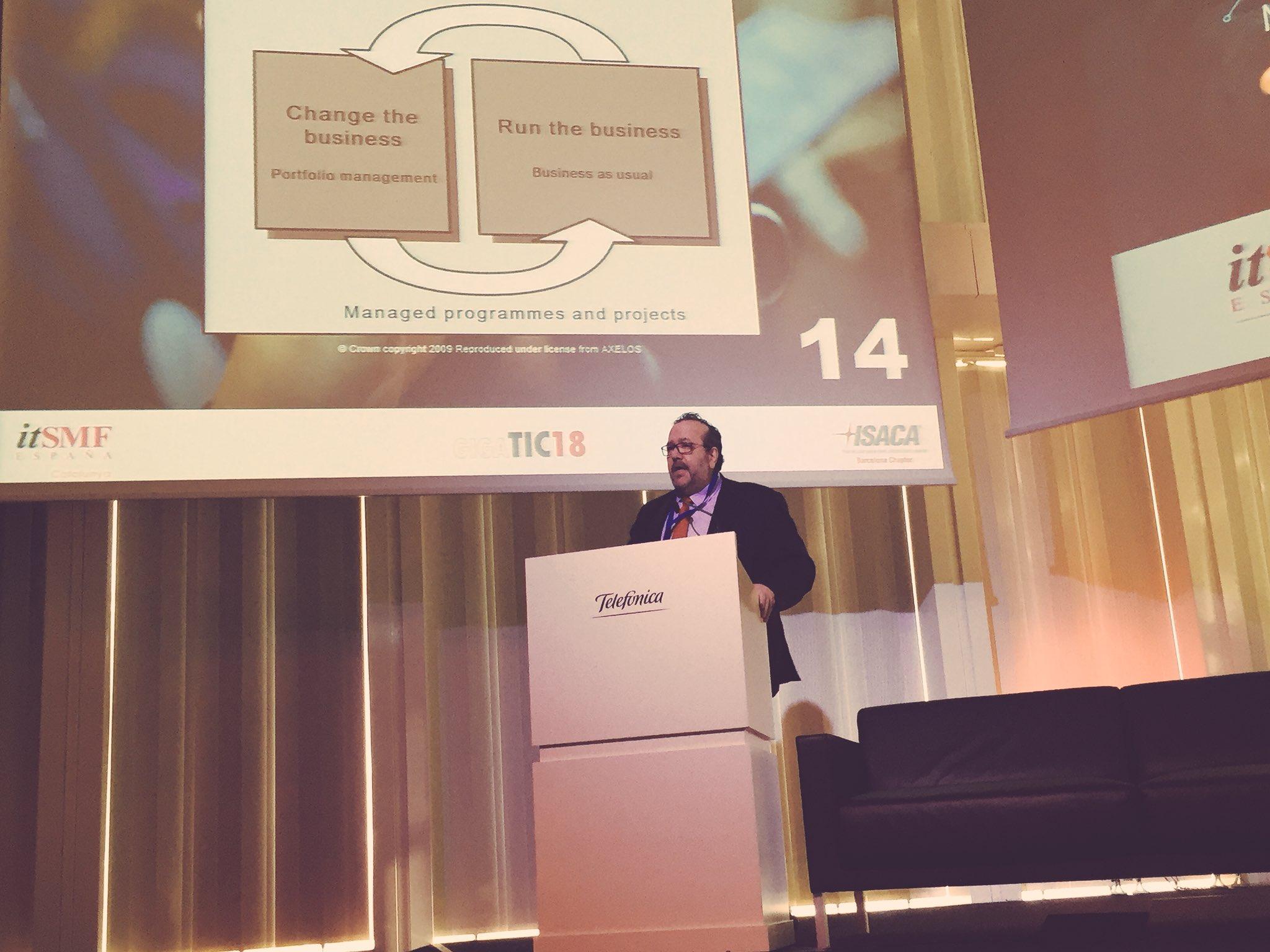 Conferencia de Javier Peris sobre Marcos Integradores (AXELOS®, COBIT® 5, VeriSM®) en el Congreso GIGATIC18 de ISACA® Barcelona e itSMF® España