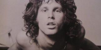 """Jim Morrison en la sesión fotográfica del """"joven león"""""""