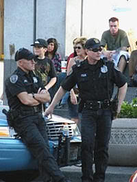 Policías en downtown Seattle