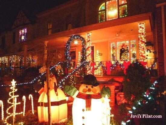 Visitando Dyker Heights (Brooklyn) y sus casas adornadas con miles de luces navideñas