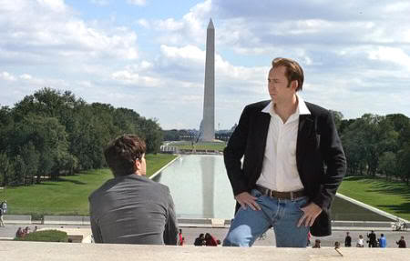 "Enfrente de la Estatua de Lincoln y con el Obelisco al fondo. ""La Búsqueda"" (""National Treasure"", 2004)"