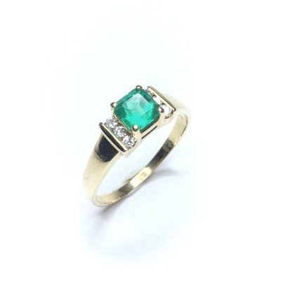 Second Hand 14ct Yellow Gold Columbian Emerald & Diamond Ring