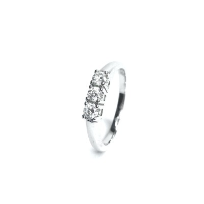 18ct White Gold Diamond 3 Stone Ring