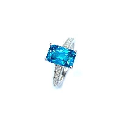 18ct White Gold Blue Zircon & Diamond Ring