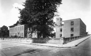 St. Lukes Hospital and the adjacent Forida Casket Company, circa 1937. Photo courtesy of FloridaMemory.com.