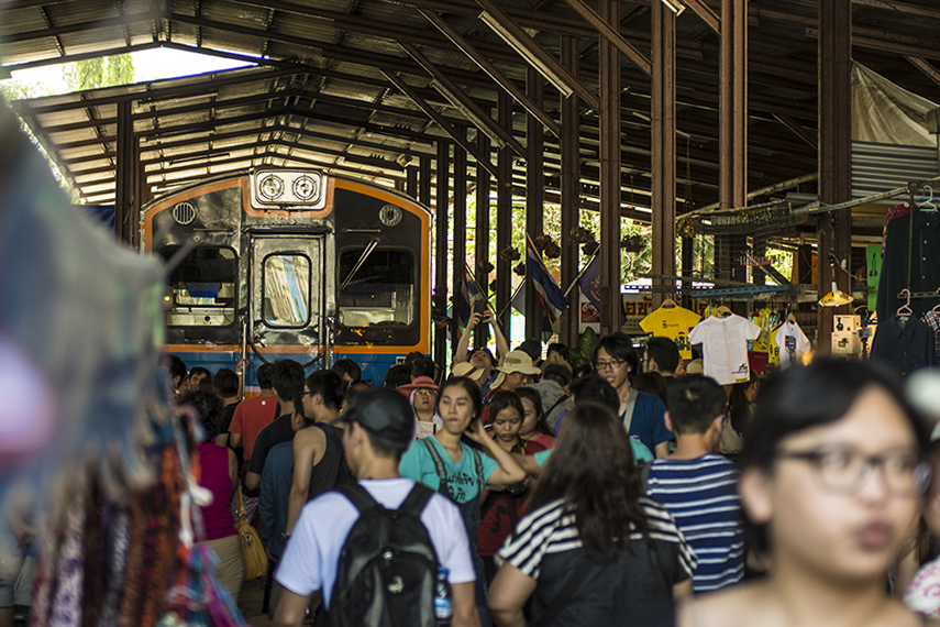 "Mae Klong or ""Umbrella Pulldown Market"" train station"
