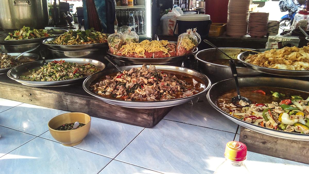 Thonburi fresh market food