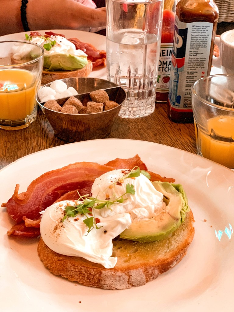 No 131 cheltenham review jaye rockett  breakfast avocado and eggs on toast with streaky bacon
