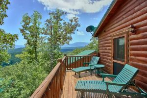 Simply the Smokies is a luxury four bedroom cabin in Pigeon Forge with a great mountain view in a gated community.