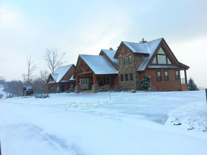 Home in The Summit on Bluff Mountain after a snow storm in Pigeon Forge, Tennessee