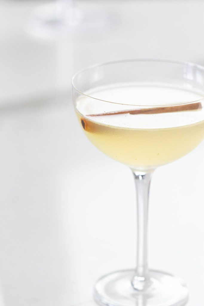 Spiced honey cocktail