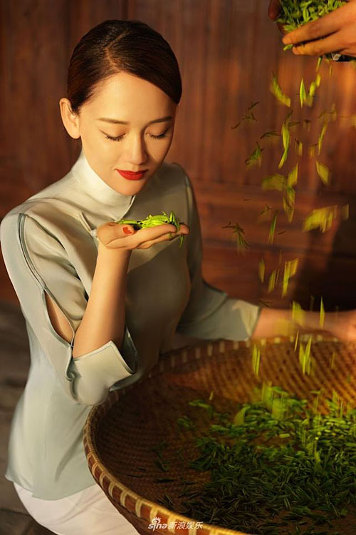 [Pictorial] Joe Chen Shows the Art of Tea   JayneStars.com