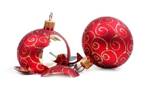 broken-ornaments-1