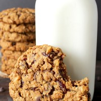 Big and Chewy Oatmeal Cookies