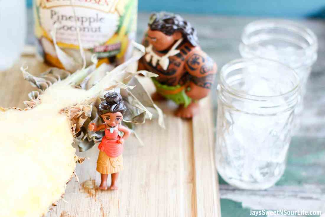 moana-pineapple-soda-punch-ingredients-3