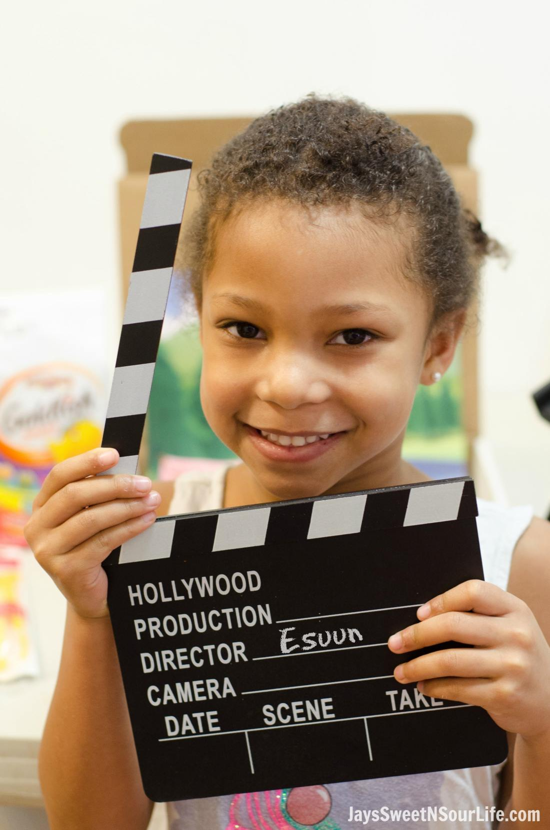 Creating Goldfish Tales with your kids are a fun way to spend your afternoons together. Create a stop motion video and share your families story. Make sure to yell action every time you are ready to take the next photo in your video.
