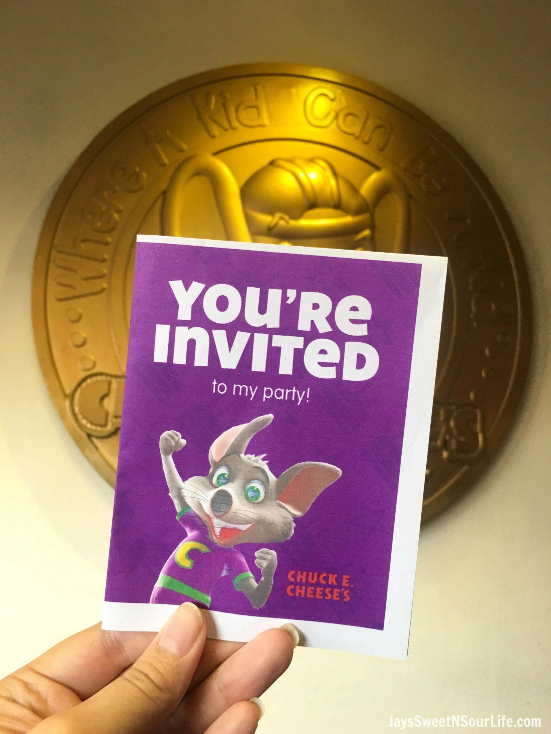 You're invited to book your very own Chuck E. Cheese's VIP Birthday Party. Print out your very own Chuck E. Cheese's themed inviations as well as thank you cards for free when you book online.
