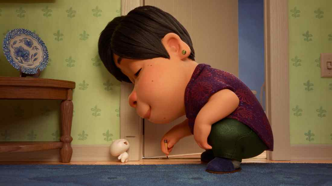 "When an aging Chinese mom whose son has left the nest discovers that one of her dumplings has sprung to life as a little dumpling boy, she welcomes him with open arms. But even dumpling boys grow up fast. Director Domee Shi explores the ups and downs of the parent-child relationship in Disney•Pixar's new short ""Bao,""."