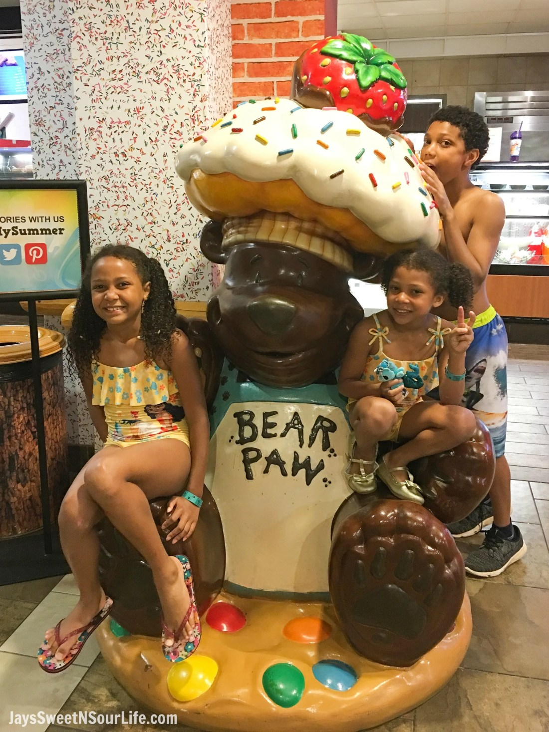 The Great Wolf Lodge - Cabarrus County Sweet Paws Family Selfie. A Large Families Adventure Guide To Cabarrus County - North Carolina - via JaysSweetNSourLife.com.
