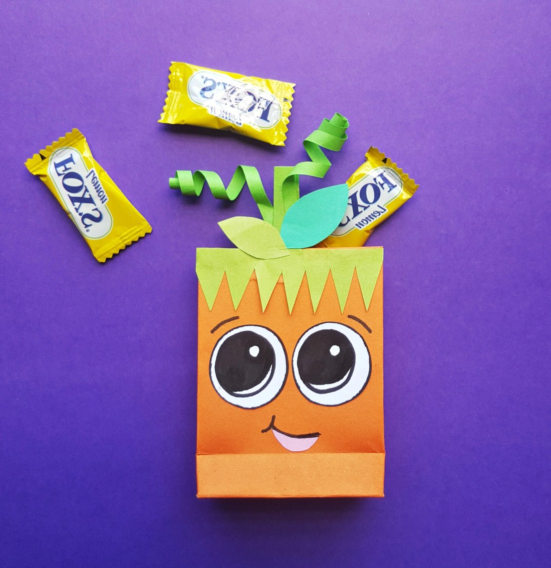 Pumpkin Trick or Treat Bags Halloween Craft. These cute pumpkin trick or treat bags are perfect for Halloween themed class parties, easy to follow and fun to hand out to friends.