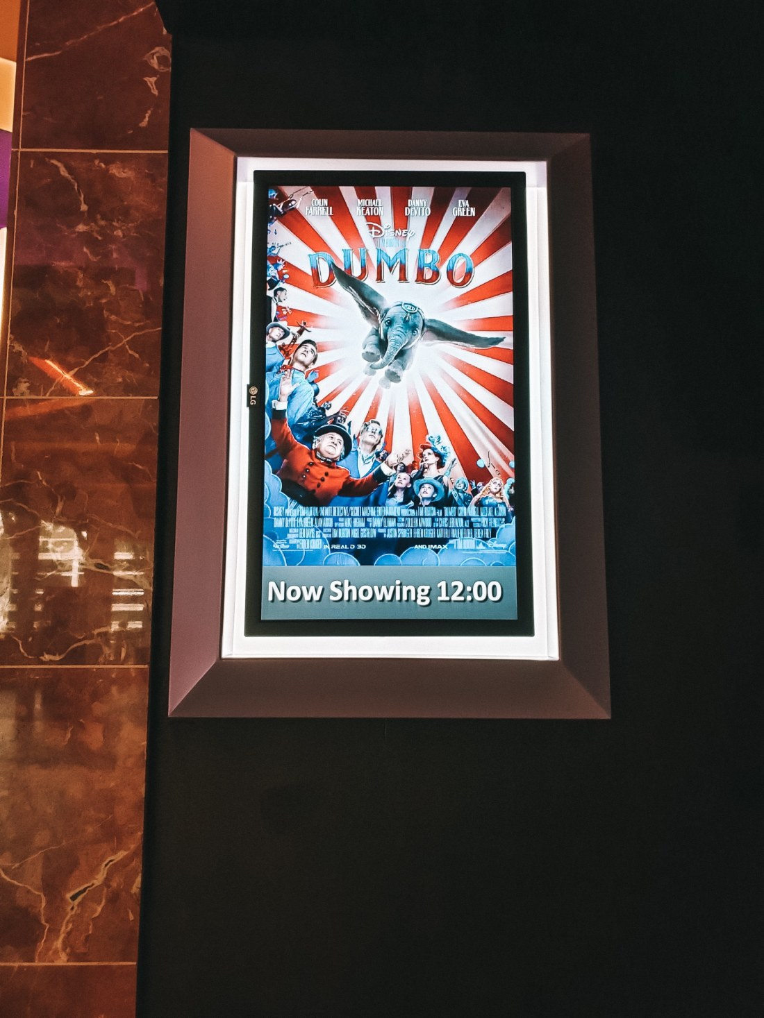 Dumbo Regal Cinema 4DX Experience Showtime. Dumbo flies into theaters on March 29, 2019.