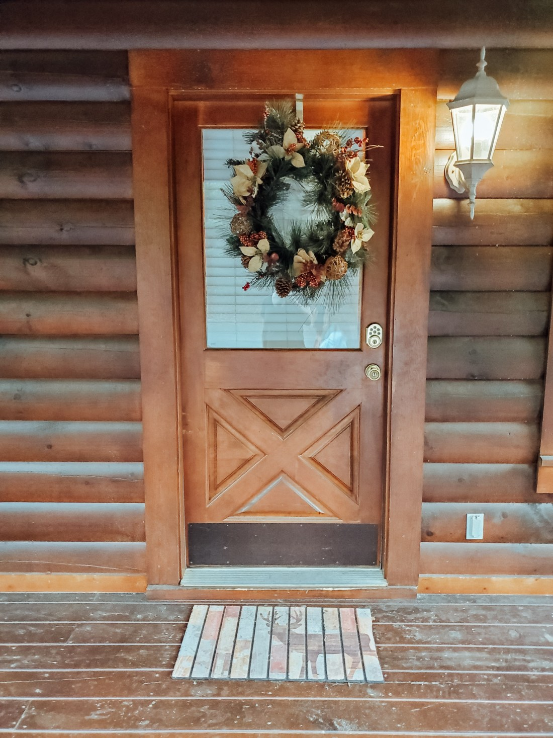 The Mountain Charm Eagles Ridge Resorts Cabin Front Door. The Mountain Charm 3 Bedroom Cabin at Eagles Ridge Resort offers ample space and luxury. The perfect place to stay during a family vacation to Pigeon Forge, TN.