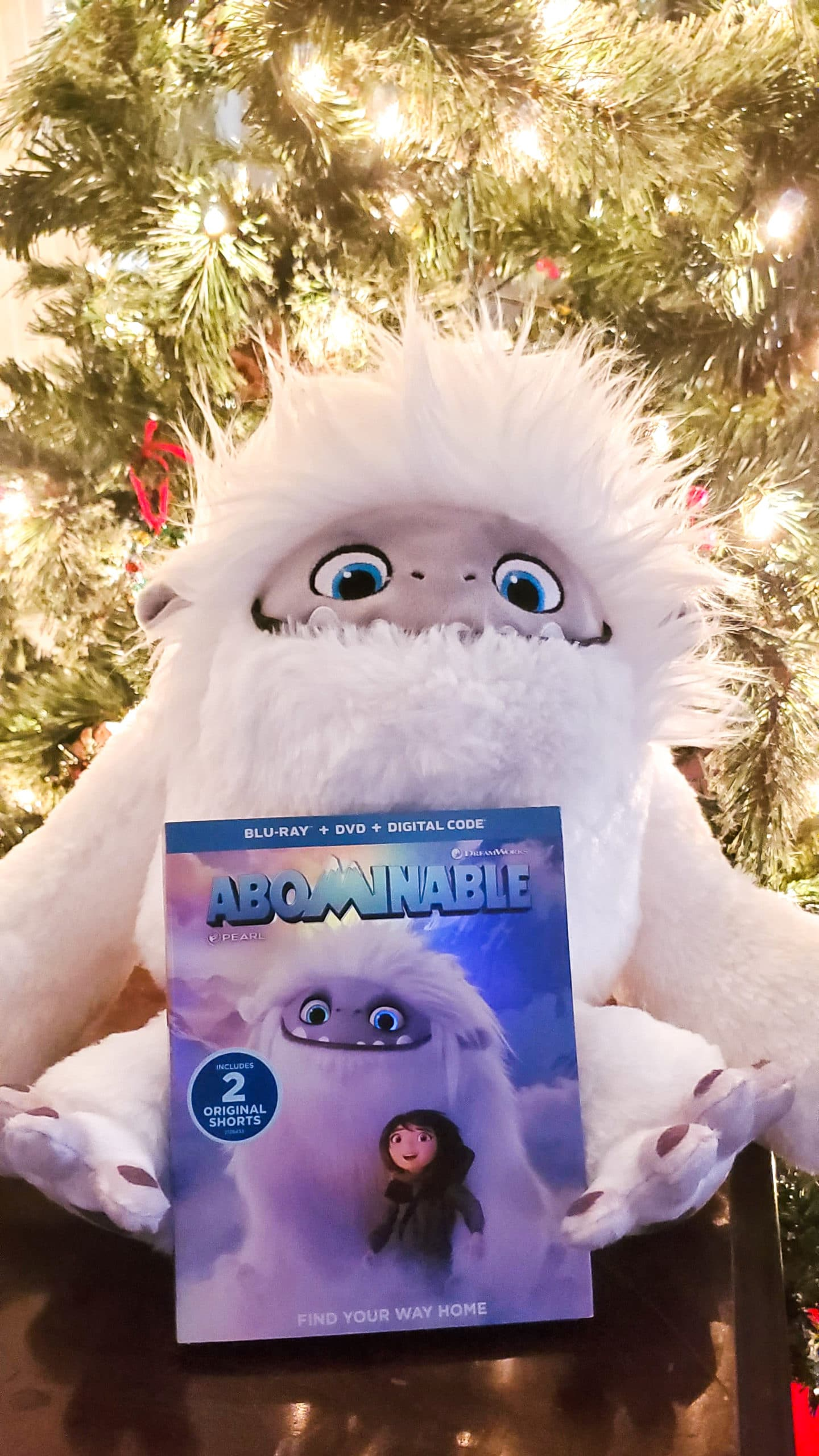 Abominable Plush Toy Blu-ray. In honor of the new film Abominable, I have teamed up with Dreamworks to host this special Dreamworks Abominable Prize Pack Giveaway