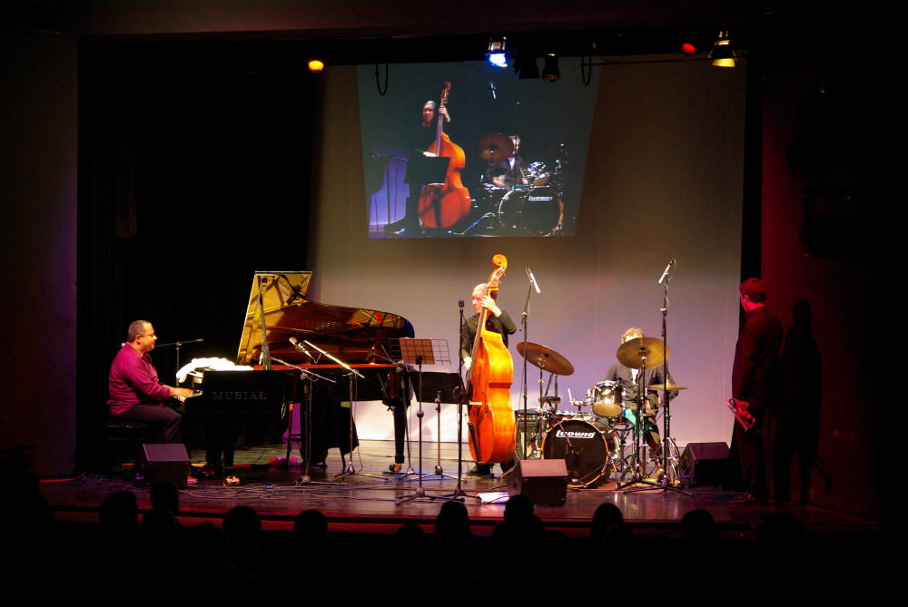 Gregory Gaynair Trio 'Live' /  Weihnachts Matinee 2015