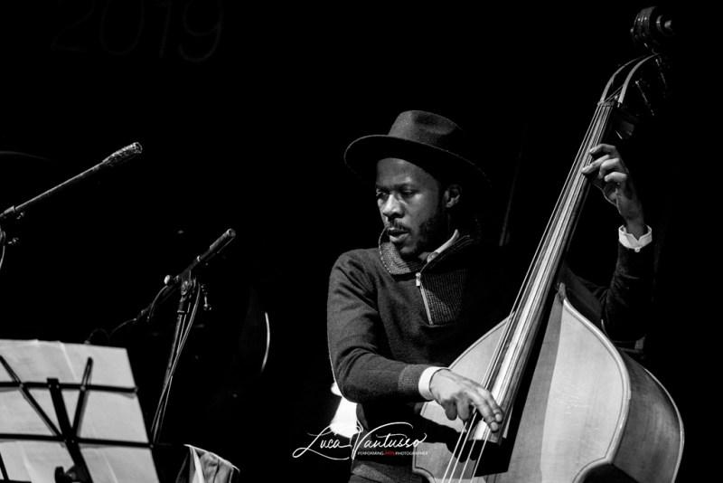 Luca Vantusso 爵士音乐人物肖像摄影Iverson Sanders Jazzespresso