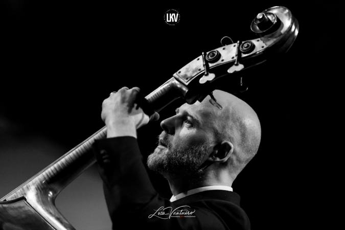 Luca Vantusso 爵士音樂人物肖像攝影 Spencer Brown