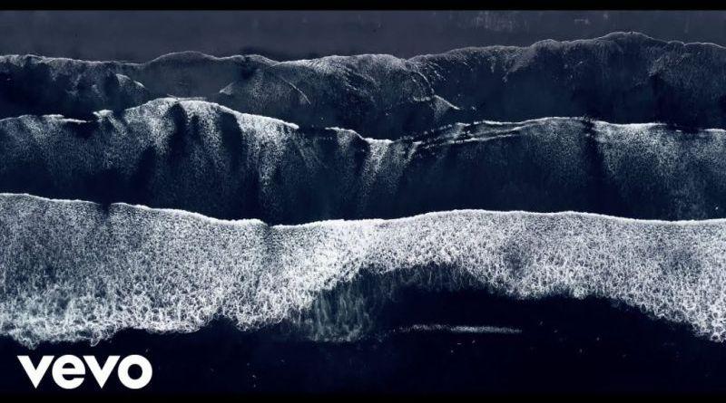 GoGo Penguin, Ocean In A Drop - YouTube Video - Jazzespresso 爵士杂志