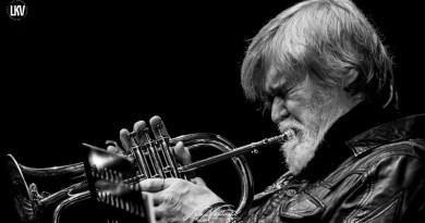 汤姆·哈雷尔米兰 Luca Vantusso爵士音乐人物肖像摄影
