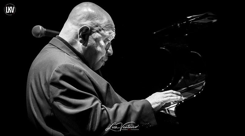 卢卡‧范图索(Luca Vantusso) 肯尼·巴伦(Kenny Barron) 爵士音乐人