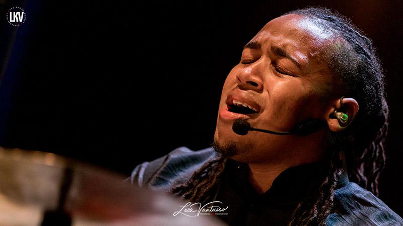 肯尼巴倫(Jamison Ross) 盧卡‧範圖索(Luca Vantusso) 爵士音樂人