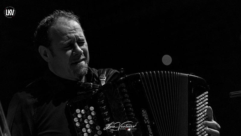 福斯托貝卡洛西(Fausto Beccalossi)盧卡‧範圖索 Jazzespresso