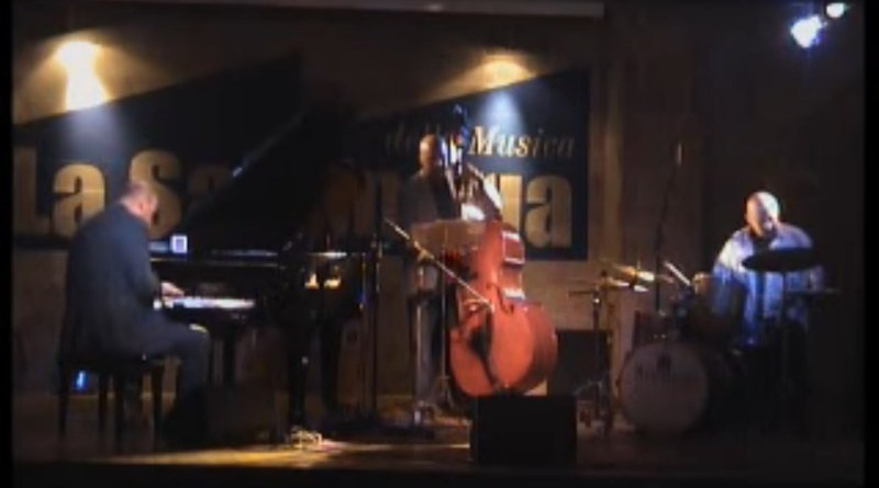 "Dado Moroni ""Shapes"" featuring Peter Washington and Enzo Zirilli"