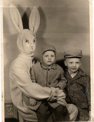 Scary-Terrifying-Easter-Bunny-2
