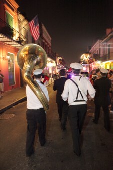 secondlines-band-procession