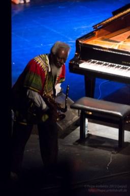 Gnawa Jazz Vodoo – Joachim Kühn Africa Connection feat. Pharoah Sanders. Foto: Petra Basche