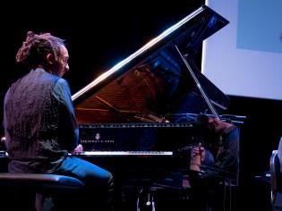 Charles Lloyd beim Jazzfest Berlin 2015 - hier: Gerald Clayton. Foto: Petra Basche