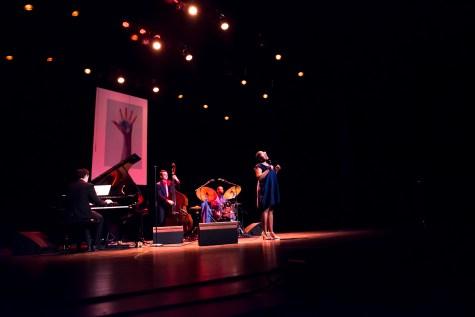 Cécile McLorin Salvant Quartett. Foto: Petra Basche